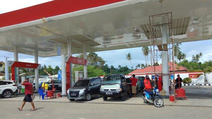 Warga Bolsel Keluhkan Ketersediaan BBM Bersubsidi