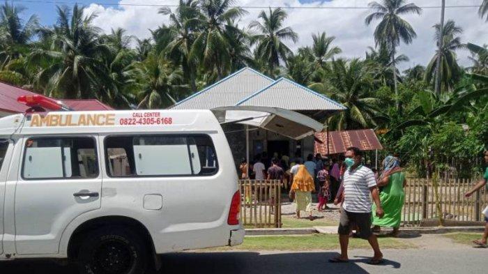 Warga Desa Ilomata, Kecamatan Pinolosian, Kabupaten Bolsel dihebohkan dengan seorang warga yang diduga meminum racun, Senin (22/2/2021).