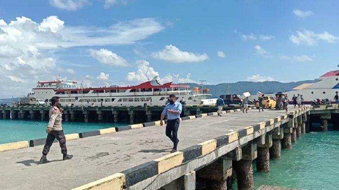 warga di kepulauan Talaud dihimbau untuk waspada dan tidak melakukan aktivitas di laut.