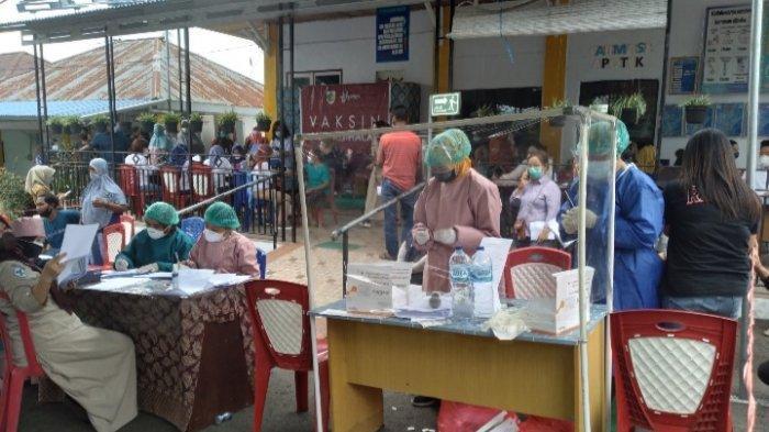 Warga Gogagoman Kotamobagu Berburu Sertifikat Vaksin