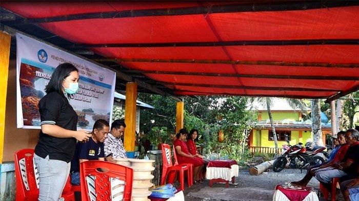 Warga Kampung Leppe Belajar Tekonlogi Penangkapan Ikan Bottom Hand Line