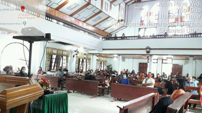 Umat Kristen di Mitra Mulai Beibadah di Gedung Gereja