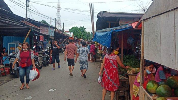 JelangPerayaan Natal, Warga Mulai Padati Pasar 54 Amurang