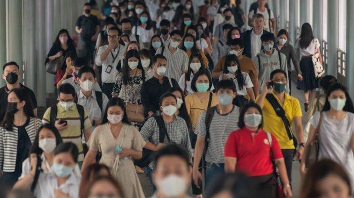 Presiden Jokowi Umumkan Semua Orang yang Keluar Rumah Wajib Pakai Masker