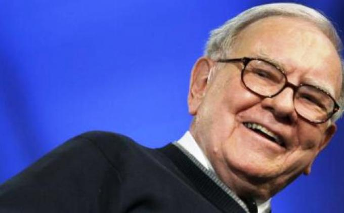 Orang terkaya ke-3 sejagat, Warren Buffett.