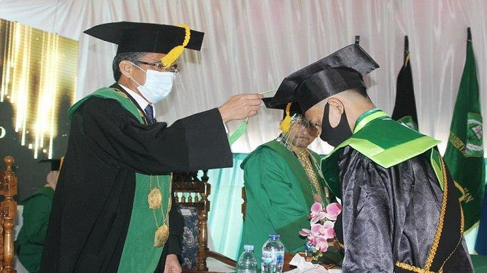 Wisuda Drive-Thru Periode-II IAIN Manado DIhadiri Wakil Menteri Agama RI