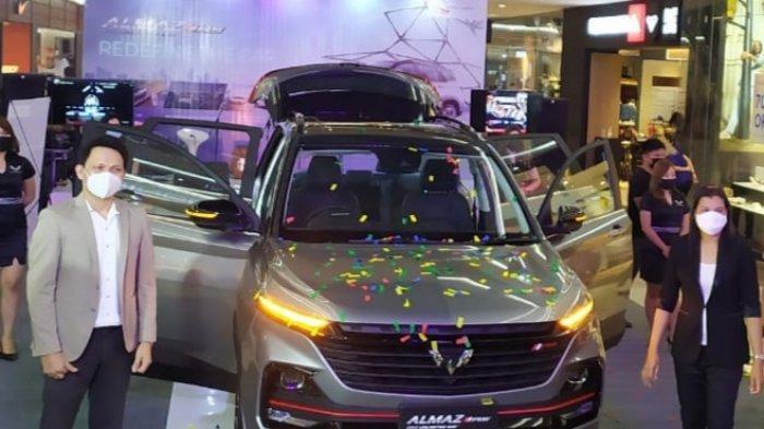 Wuling Almaz RS resmi mengaspal di Bumi Nyiur Melambaikan setelah diperkenalkan dalam public launching di Mantos 3, Sabtu (03/04/2021).