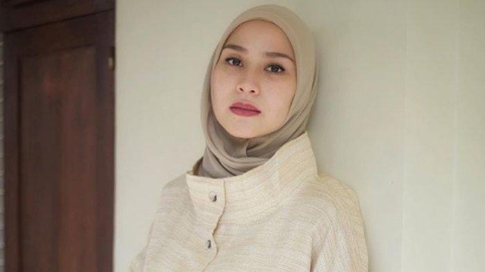 Sosok Zaskia Adya Mecca, Istri Sutradara Hanung Bramantyo yang Awet Muda Meski Sudah Punya 5 Anak