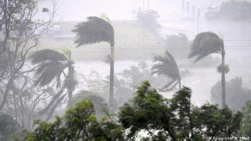 badai-topan-nargis-merupakan-badai-tropis-kencang.jpg