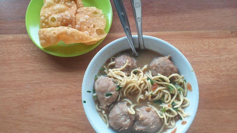 bakso-dikenal-sebagai-salah-satu-makanan-favorit-rakyat-indonesia.jpg