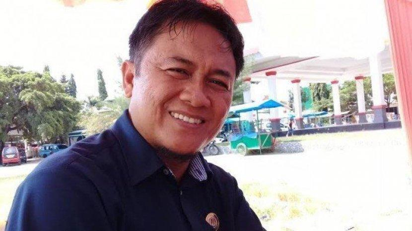 Ketua Kpu Di Sulawesi Dicopot Terbukti Selingkuh Dan Minta Iphone Begini Modusnya Tribun Manado