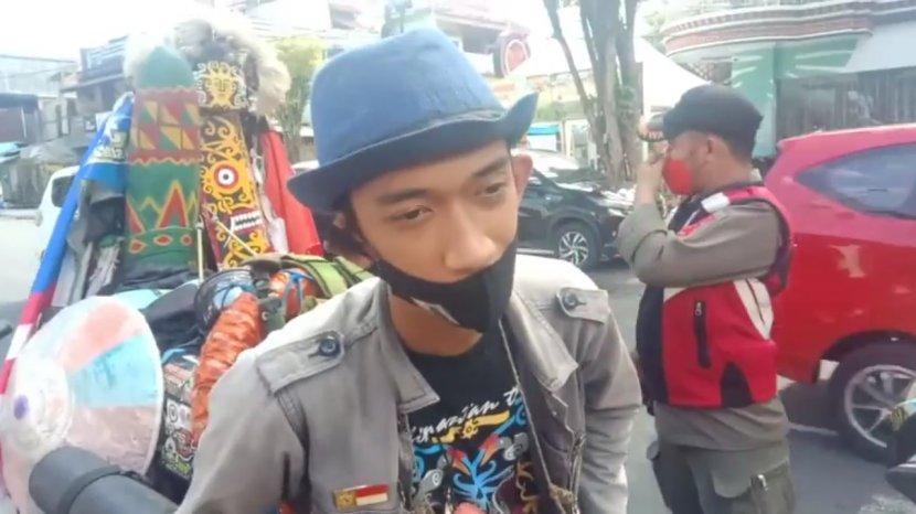 pace-hanif-21-berkeliling-indonesia-selasa-26102021-pace-hanif-singgah-di-manado.jpg