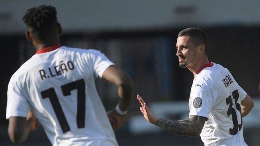 rade-krunic-selebrasi-setelah-mencetak-gol-di-liga-italia-serie-a-hellas-verona-vs-ac-milan.jpg