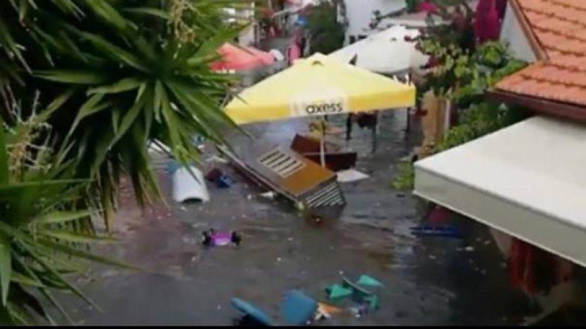 tsunami-kecil-akibat-gempa-turki-44555.jpg