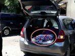 2-orang-bukan-pasutri-tepergok-satpam-sedang-main-dosa-di-parkiran-ditemukan-kasur-di-dalam-mobil.jpg