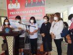 20-organisasi-perempuan-dan-anak-di-sulawesi-utara-sulut-mendesak-jak-mundur.jpg