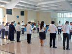 22-calon-kepala-daerah-didoakan-di-kantor-sinode-gmim.jpg
