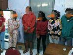 6-perempuan-dan-4-laki-laki-diciduk-dari-sebuah-rumah-kos-di-jombang-347347.jpg