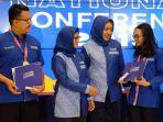 acara-kelulusan-xl-future-leaders.jpg