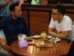 agus-harimurti-yudhoyono-ahy-bertemu-dengan-gibran-rakabuming-raka_20180410_070945.jpg