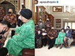ahy-bersama-sang-nenek-sunarti-sri-hadiyah-sarwo-edhie-wibowo.jpg