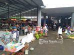 aktivitas-pagi-pasar-tradisional-ratahan-3423445.jpg