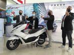 all-new-honda-pcx-meraih-penghargaan-bike-of-the-year-dalam-ajang-otomotif-award-2021.jpg