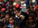 anak-anak-pengungsi-muslim-rohingya_20180122_165957.jpg