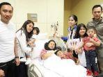 ani-yudhoyono-bersama-anak-dan-cucunya-di-rumah-sakit-singapura.jpg
