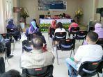 balai-besar-pom-di-manado-melakukan-pertemuan-forum-konsultasi-dan-komunikasi-publik98.jpg