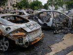 bangkai-mobil-mobil-yang-dibakar-saat-kerusuhan-demo-penembakan-jacob-blake.jpg