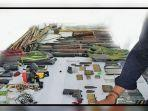 barang-bukti-senjata-api-yang-digunakan-kkb-w472724.jpg