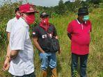 bersama-gubernur-olly-dondokambey-bupati-royke-octavian-roring-kunjungi-kebun-raya-di-makawembang.jpg