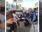 bikers-subuhan-manado-berbagi-takjil-2.jpg