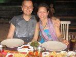 bule-inggris-jatuh-miskin-nikahi-wanita-indonesia-12121.jpg