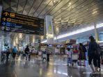 calon-penumpang-di-bandara.jpg