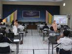 calon-siswa-sma-pradita-dirgantara-mengikuti-tes-akademik2.jpg