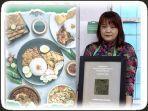 cerita-erna-pinontoan-pemilik-kios-damai-88-chinese-food-bakmi-asli-singkawang.jpg