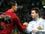 cristiano-ronaldo-dan-lionel-messi-saat-berjumpa-dalam-laga-portugal-melawan-argentina.jpg