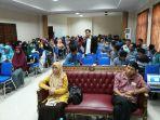 dekan-fakultas-ushuluddin-dr-salma-mursyid-mhi_20171101_113811.jpg