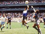 diego-maradona-saat-menciptakan-gol-yang-hingga-hari-ini-dikenal-dengan-gol-tangan-tuhan.jpg