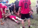 dua-pemain-cedera-serius-laga-futsal-asn-sulut-berlangsung-sengit_20170919_154958.jpg