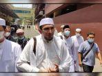 eks-ketua-umum-front-pembela-islam-fpi-ahmad-sabri-lubis-bebas.jpg