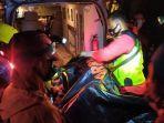 evakuasi-korban-kecelakaan-maut-di-sumedang-4.jpg