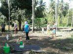 foto-kegiatan-menanam-di-desa-milangodaa-12.jpg