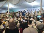 foto-situasi-maulid-nabi-dan-pernikahan-putri-habib-rizieq-di-petamburan.jpg