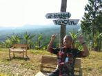 gubernur-jateng-ganjar-pranowo-saat-mengunjungi-obyek-wisata-bukit-tangkeban_20171114_090334.jpg