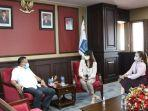 gubernur-olly-gandeng-garuda-indonesia.jpg