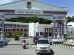gubernur-papua-barat-digugat-dpr-ri-fraksi-nasdem-rico-sia-foto-kantor-gubernur-papua-barat.jpg