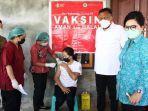 gubernur-sulawesi-utara-olly-dondokambey-bersama-istri-tinjau-vaksinasi.jpg
